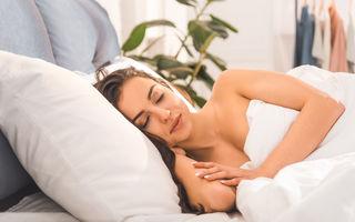 5 alimente care îți afectează somnul dacă le consumi înainte de culcare