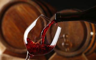 O sticlă de vin este egală cu 10 țigări când vine vorba de riscul de a dezvolta cancer