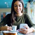 8 semne că ești dependent de telefonul mobil