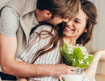 Lucrurile care îl fac pe partener să te iubească mai mult