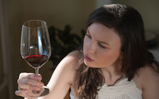 Ce-și dau seama oamenii atunci când renunță la consumul de alcool