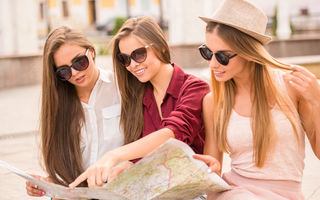 Cum să eviți aglomerația și cozile de la obiectivele turistice?