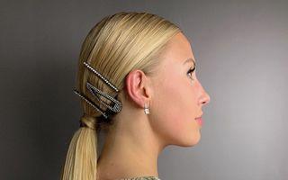 Idei de coafuri cu părul prins în coadă. Sunt perfecte pentru zilele caniculare