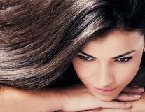Băutura naturală care elimină părul alb
