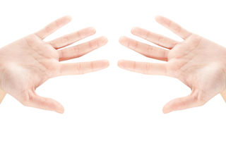 """Ai litera """"M"""" în palmă? Află ce înseamnă acest lucru rar"""