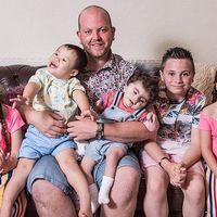 Cum a infiat un barbat necasatorit cinci copii cu dizabilitați: Credeam ca n-am nicio sansa, fiindca sunt singur