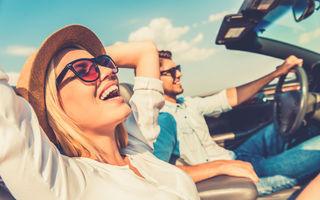 Avantajele unei vacanţe în cuplu cu maşina