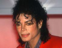 Teoria conspirației spulberată la 10 ani după moartea lui Michael Jackson: Certificatul de deces atestă că megastarul a fost înmormântat