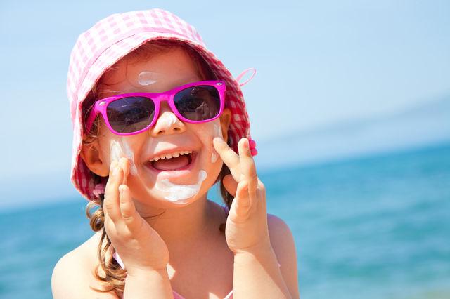 Studiu. Care este cea mai bună cremă de protecție solară pentru copii