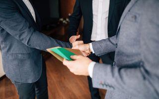 Cum să refuzi politicos o invitație la nuntă, de la 7 persoane care nu au supărat mirii