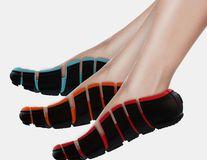 Pantofii care se potrivesc perfect pe orice talpă: Adio dureri de picioare!