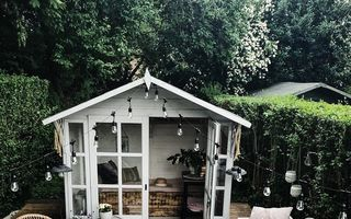 Camerele din grădină, spațiile pentru relaxare care au cucerit Instagram. Îți vei dori și tu una!