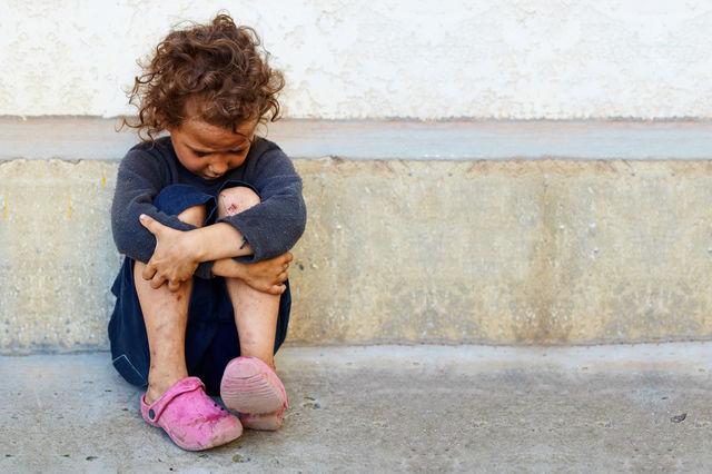 Întreabă-i pe copiii din viața ta dacă sunt bine. Nu o dată, de mai multe ori