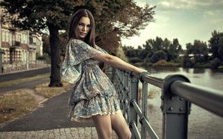 Cum să te îmbraci când este caniculă. 9 trucuri pe care să le încerci