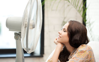 De ce nu este bine să dormi cu ventilatorul sau aerul condiționat pornit