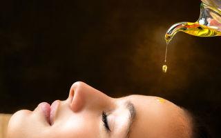 De ce ar trebui să aplici ulei pe față, chiar dacă ai acnee
