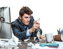 Studiu: Bărbații nu se maturizează până la vârsta de 40 de ani