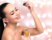 Uleiul de marula, tratamentul comestibil pentru un ten fără acnee sau riduri