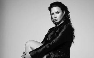 """Demi Lovato a publicat o imagine în costum de baie, needitată: """"M-am săturat să-mi fie rușine de corpul meu"""""""