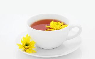 Ceaiul de crizanteme combate alergiile, ameliorează anxietatea și îți protejează inima