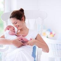 Draga mea, singura datorie pe care o ai este sa fii o mama perfecta pentru copilul tau, nu o mama perfecta pentru cei din jur!