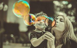 Copilul tău nu are datoria să te facă fericită!