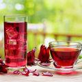 Ceaiul de hibiscus scade colesterolul, previne obezitatea și te protejează de poluare