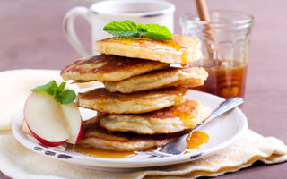 5 rețete pentru un mic dejun cu puține calorii, gata în cel mult 15 minute