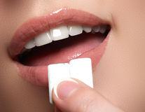 Cum combați greața cauzată de refluxul gastroesofagian: 6 soluții simple