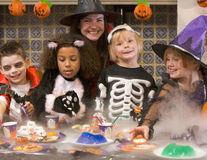 Cum să ai un Halloween dulce și sănătos