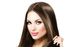 Ce este glossul pentru păr și cum să-l folosești pentru a avea un păr strălucitor