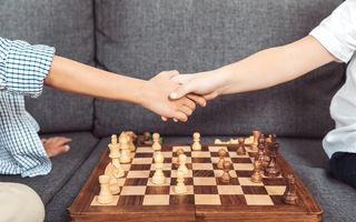 Șah pentru copii: 4 motive pentru care și copilul tău ar trebui să joace șah