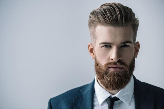 Sunt femeile mai atrase de bărbații cu barbă? Ce spun studiile