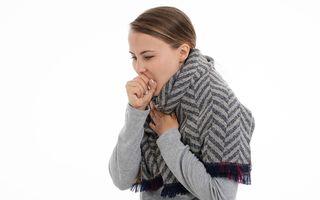 Tusea măgărească: simptome, riscuri și tratament