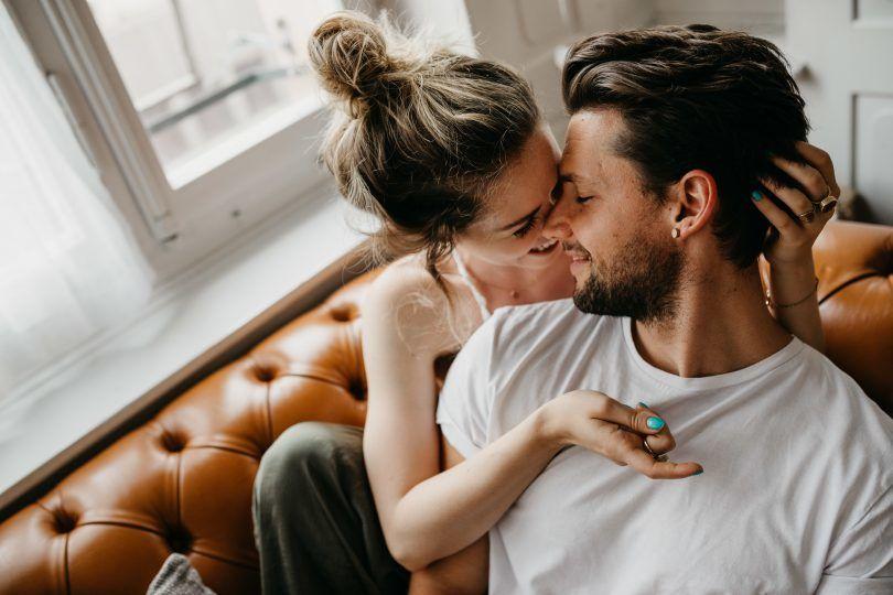 10 lucruri neașteptate pe care bărbații și-ar dori ca femeile să le facă mai des în relație