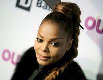 Motivul pentru care Janet Jackson nu vrea să lase o bonă să-i crească copilul