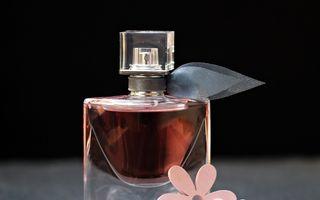 Cum faci ca parfumul să reziste mai mult timp pe piele. Trucuri dezvăluite de parfumieri
