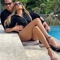 Jennifer Lopez și-a pus iubitul la treabă: Poza de milioane cu care vedeta face bani