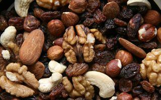 Cum se consumă fructele oleaginoase: 6 idei apetisante