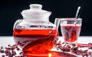 Evită riscurile în mod natural: 3 ceaiuri pentru reglarea tensiunii