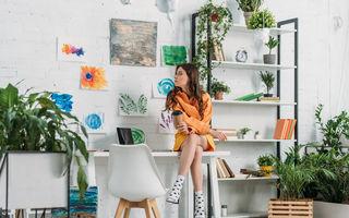 Decorarea biroului de acasă: 5 idei care te inspiră și cresc eficiența