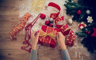 Cum împachetezi cadourile de Crăciun ca o profesionistă – 3 metode demne de Pinterest