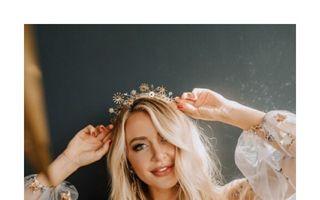30 cele mai frumoase coafuri pentru Revelion pe care ți le poți face singură