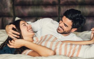 7 moduri adorabile de a-l convinge că ești femeia vieții lui