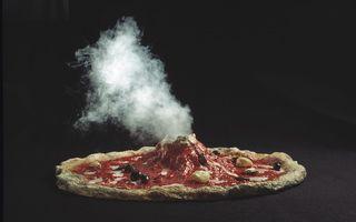 Pizza, magia italiană: Două rețete cu care îți surprinzi invitații