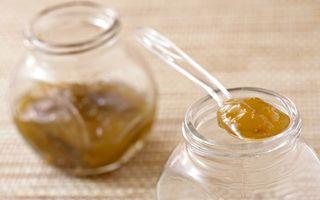 3 rețete cu miere: Gust desăvârșit cu îndulcitor natural