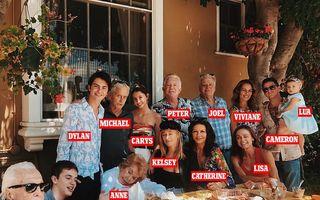 Kirk Douglas, ultima imagine în mijlocul familiei. Mesajul emoționant al celei care i-a fost noră, Catherine Zeta-Jones