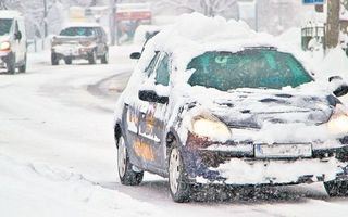 Cum să îți pornești mașina când e frig afară: care sunt pașii corecți