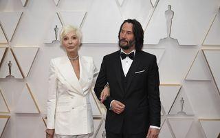 Cum a furat Keanu Reeves toate aplauzele la Oscar 2020: Starul a venit cu mama lui pe covorul roșu