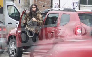 Elena Băsescu a ajuns să circule cu mașina lu' tăticu'!